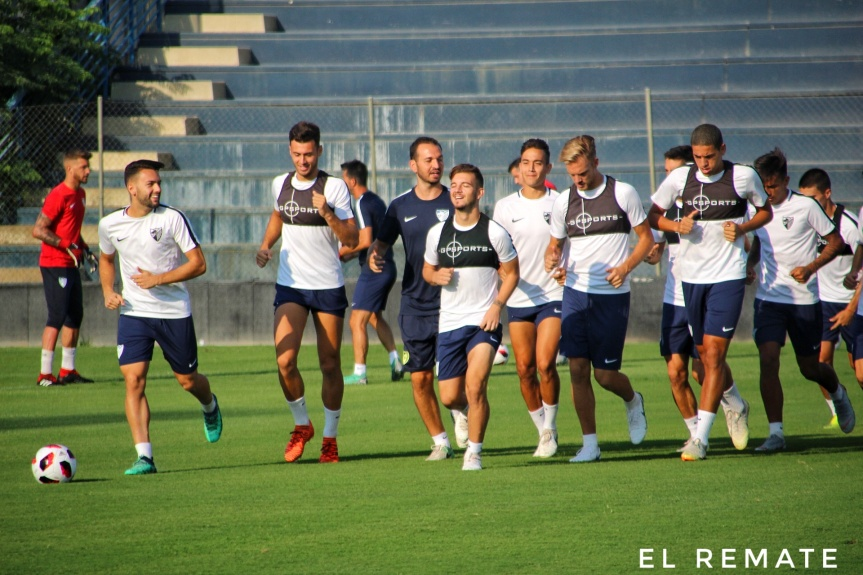 Dely convoca a 18 futbolistas para recibir al SanFernando