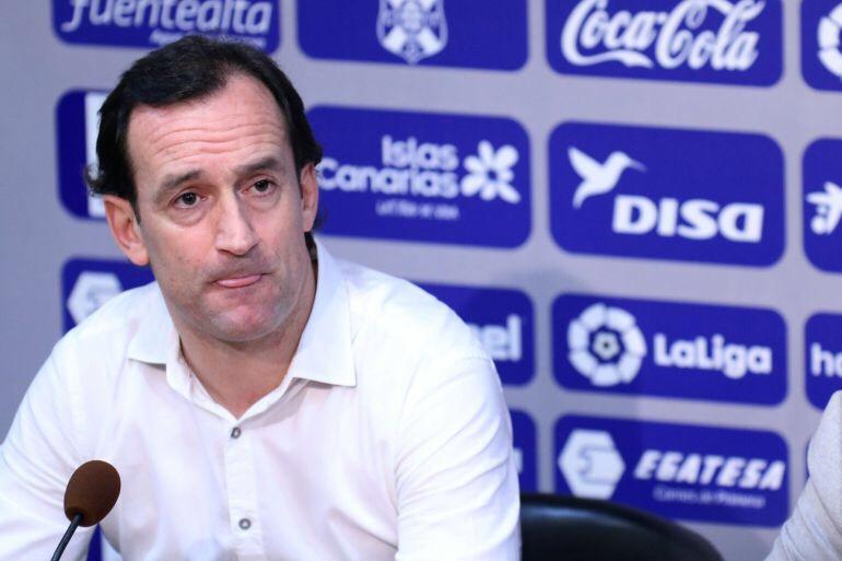 """Joseba Etxeberría, técnico del Tenerife: """"El Málaga es un equipo con muchooficio"""""""