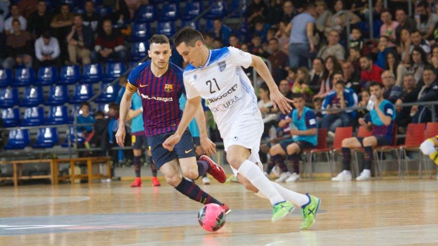El Barça Lassa deja al UMA Antequera al borde del abismo(8-1)