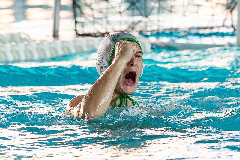 Victoria y permanencia para el Waterpolo Málaga(8-9)