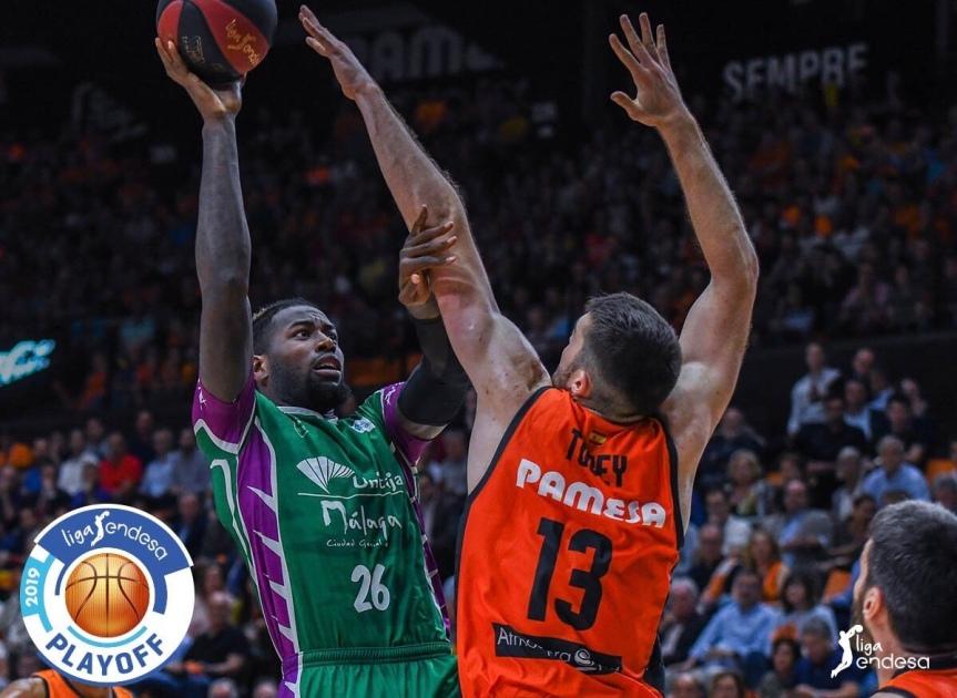 Unicaja claudica ante Valencia y se queda fuera de las semifinales de la ACB(79-76)